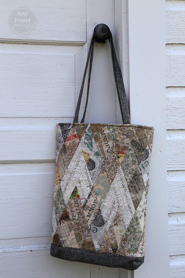 Diamond Tote using Eclectic Elements, designed by Amy Friend